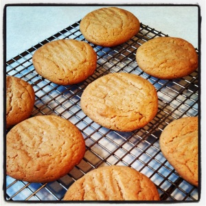 #PeanutButterLoversDay cookies cooling. Help yourself to a virtual cookie to celebrate!