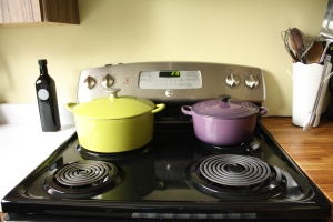 Stove top with pretty pots